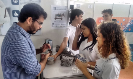 Alunos da Faculdade Ari de Sá participam na XVII FETEC
