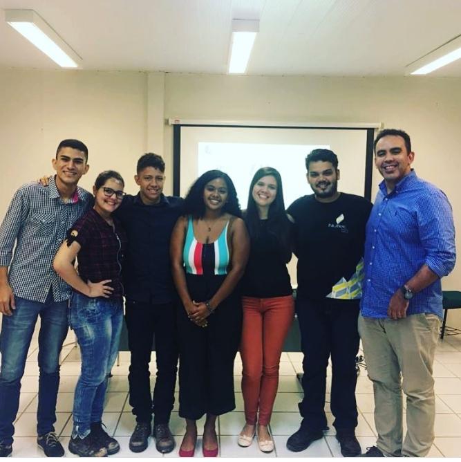 Alunos da Faculdade Ari De Sá apresentam projetos no NUTEC